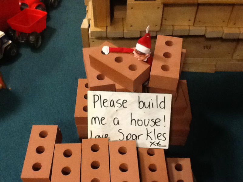 Sparkles brings new bricks to build a house for himself!