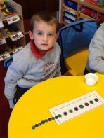 P1 continuing a pattern at numeracy time